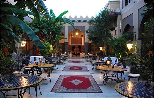 Un descanso en la terraza Al Baraka